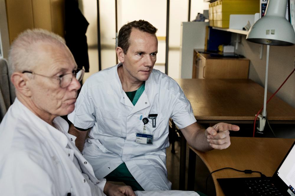 ProfessorPärJohansson (t.v.) og overlæge Jakob Stensballe står bag Blødningsvagten.